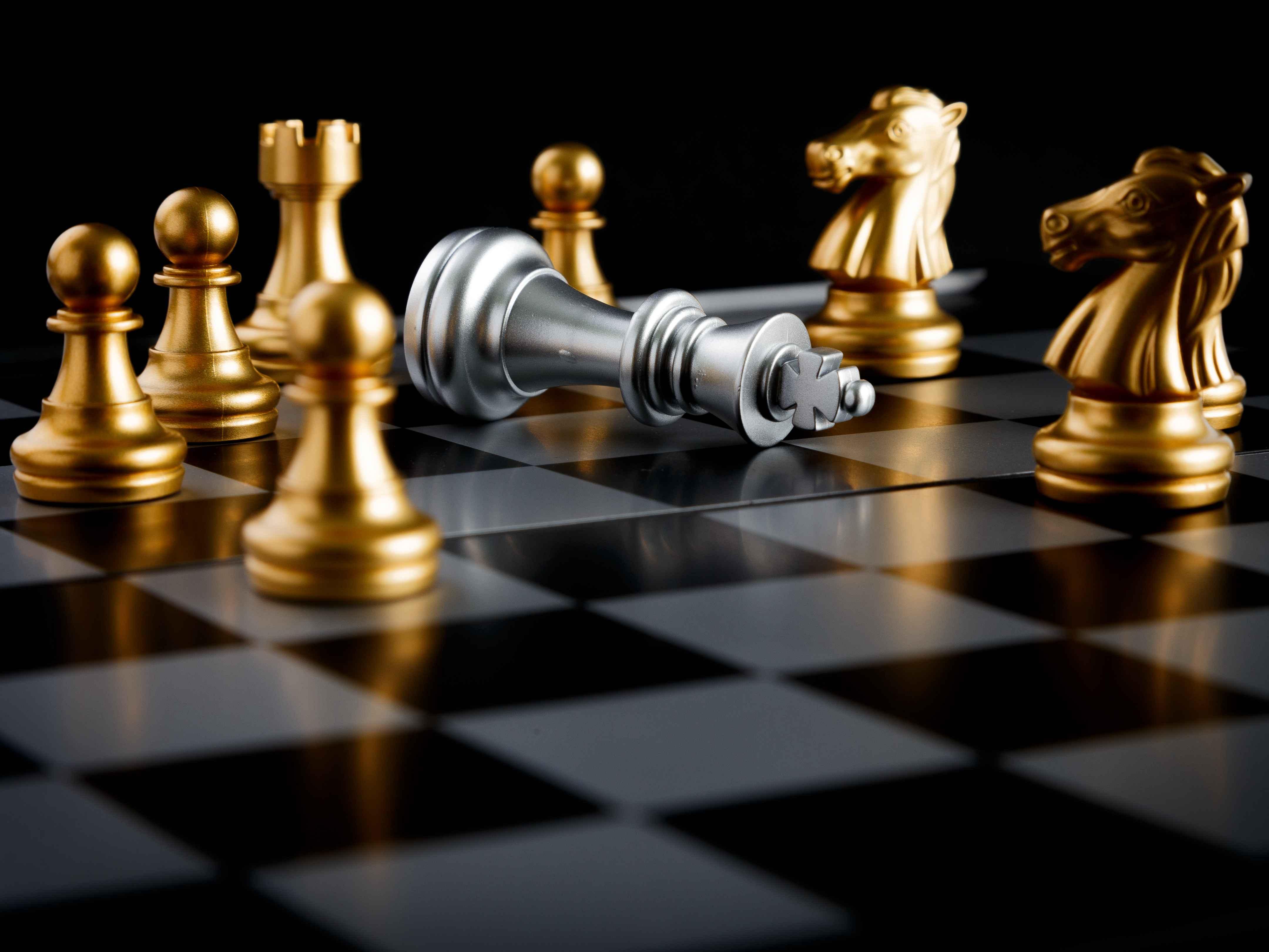 徐朝华:企业成长与战略突围